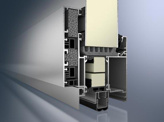 Schüco AWS 112.IC – weltweit erstes Passivhaus zertifiziertes Fenstersystem aus Aluminium