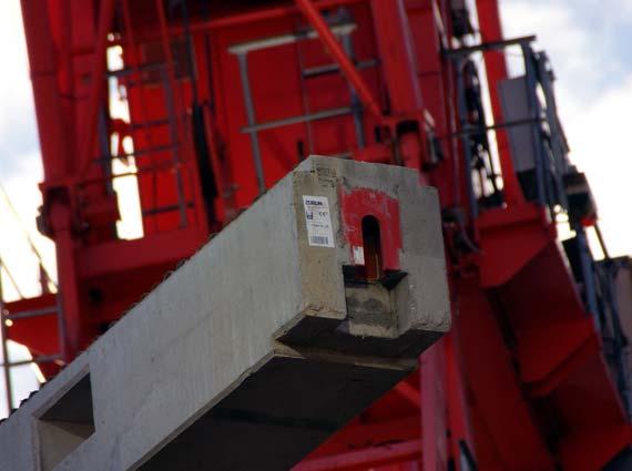 Einsatz von Betonfertigteilen im TaunusTurm von Peikko