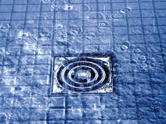 Seal System hat auch Punktabläufe zertifiziert: Auch hier gibt es keine Norm zwischen Fliesen-Verbundabdichtung und Bodenabläufen. Seal System schließt diese Lücke mit Zertifikaten.