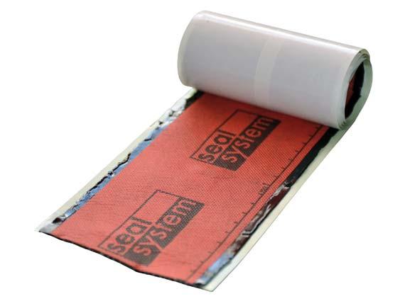 Das Seal System Dichtband für die zertifizierten Duschrinnen. Das Butylkautschuk-Band  wird überlappend verklebt und in die Verbundabdichtung eingearbeitet.