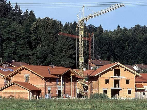 Moderne Mauerziegel sind bereits heute hochwärmedämmend: Nur noch 12 Prozent der Energieverluste an einem Gebäude entfallen auf das Mauerwerk womit das Potential zur Verbesserung nur noch klein ist. Foto: UNIPOR, München