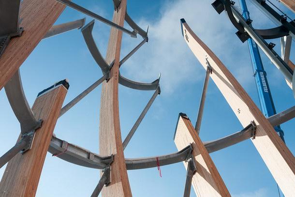 Präzision von der Vorfertigung bis zur Endmontage der bis zu 27 m langen Träger