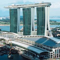 Kone Aufzüge in der Hotelanlage Marina Bay Sands in Singpur