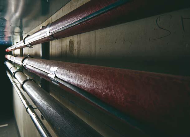 Bei lange anhaltenden, tiefen Temperaturen bieten AEG Rohrbegleitheizungen sicheren Schutz. Im Business Center in Schwabach wurden die Frisch- und Abwasserleitungen im Bereich der Tiefgarage ausgerüstet. Foto: AEG Haustechnik