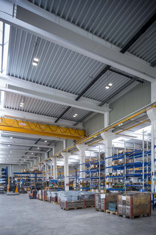 Je nach eingesetzter Beleuchtungsvariante lassen sich laut Studie zwischen 4 Prozent bis 12 Prozent Primärenergie einsparen. Die höchste Energieeinsparung (12 Prozent) wird mit Hilfe einer LED-Beleuchtung erreicht. Fotos: Philips