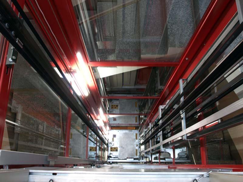 Optimale Raumnutzung: Trotz des hohen Standardisierungsgrades lassen sich Aufzugsmodelle wie der Schindler 6300 in 10-mm-Schritten flexibel den Schachtbegrenzungen anpassen.