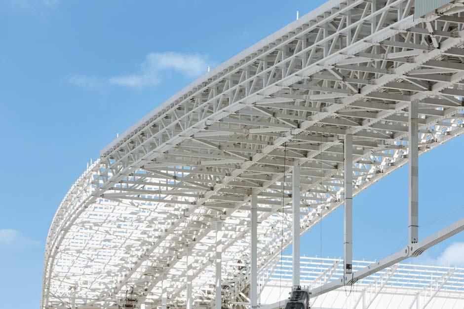 Bei der Planung der Arena de São Paulo griff Werner Sobek auf seine vielfältigen Erfahrungen zurück, die er in seiner gut 30-jährigen Karriere mit Dachtragwerken gesammelt hat. Foto: Marcus Bredt