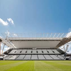 Werner Sobek entwarf elegantes Dachtragwerk der Arena de São Paulo