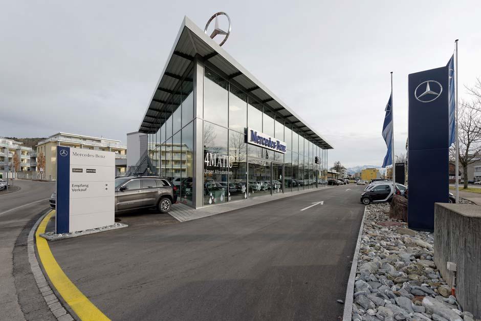 Das Autohaus Trachsler AG in Wetzikon (ZH) hat sich im Herbst 2013 für die Verlegung von 1300 Quadratmeter der Fliese »Pisa Grey« in ihrem neuen, zweistöckigen Showroom entschieden