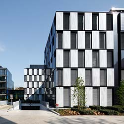 Fassade mit Mehrwert von RKW Rhode Kellermann Wawrowski