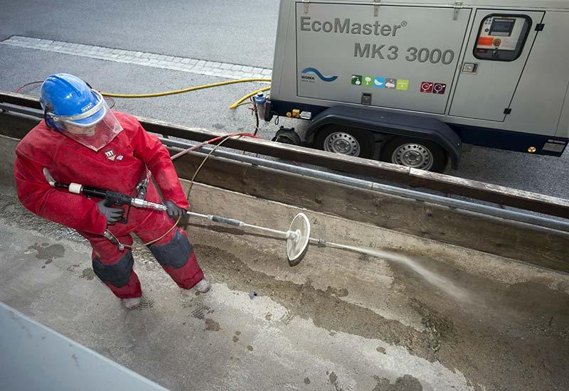 Beim Abtrag ist eine genaue Kenntnis der Parameter des Betons für die erfolgreiche Wasserstrahlbearbeitung wichtig. Foto: WOMA GmbH