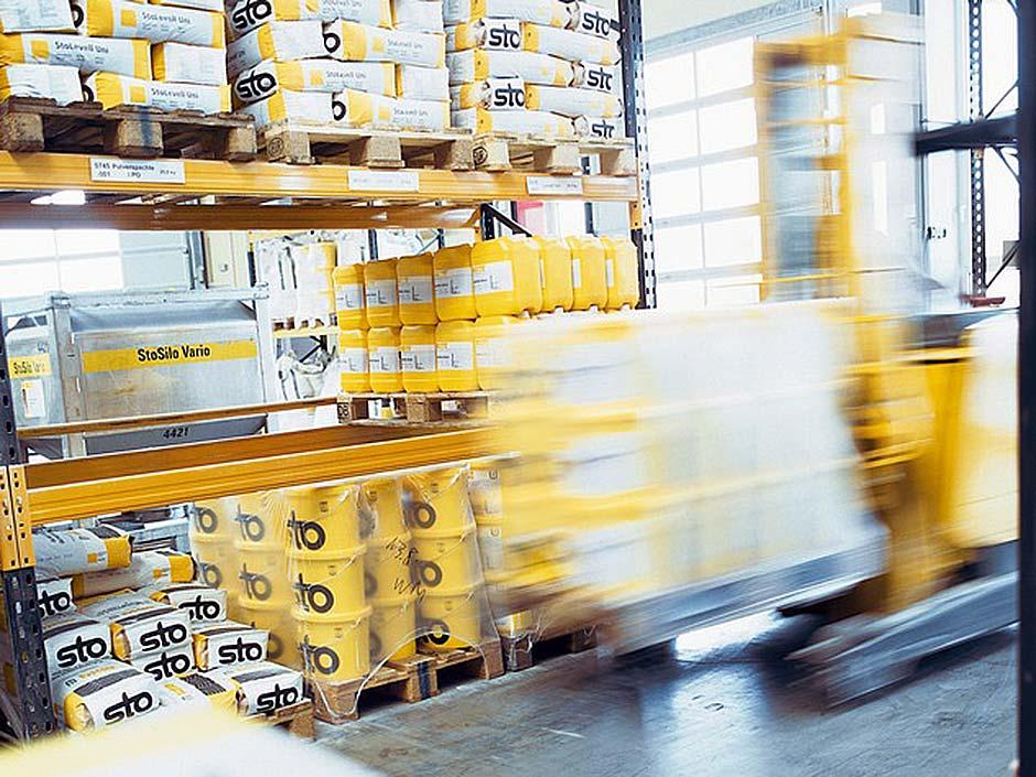 1800 Produkte und 1100 Farbtöne gehören zum Sortiment von Sto. Im nächsten Schritt möchte das Unternehmen die Logistik- und Fertigungsprozesse digitalisieren