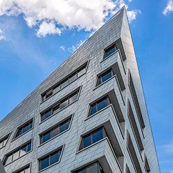 Zentralgebäude der Leuphana Universität von Daniel Libeskind