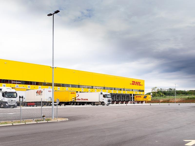 DHL eröffnet hochmodernes Logistikdrehkreuz am Flughafen ...
