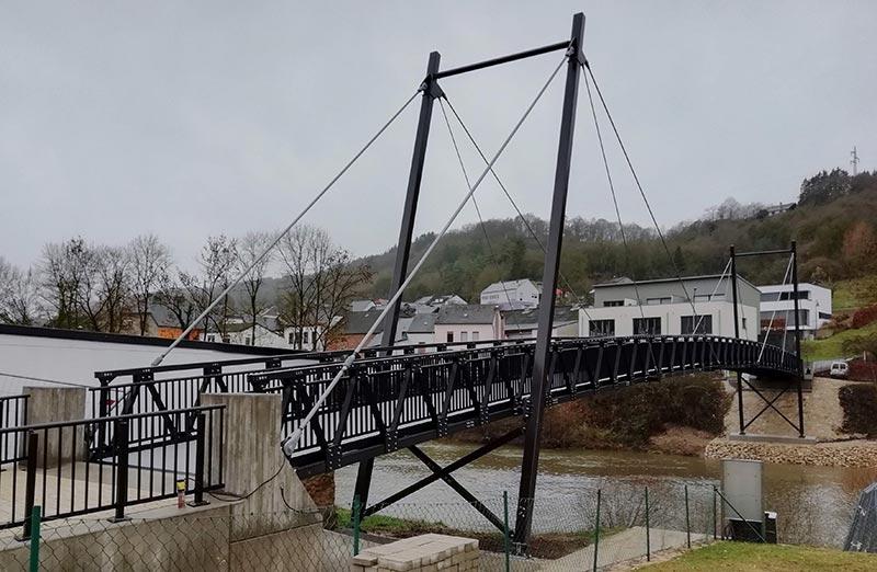 Damit der Neubau der Witterung langfristig standhalten kann, entschieden sich die Verantwortlichen für eine Aluminium-Leichtbaukonstruktion der PML GmbH. Quelle: PML