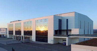 Das Schulungs- und Logistikgebäude der Otto Chemie in D-Fridolfing