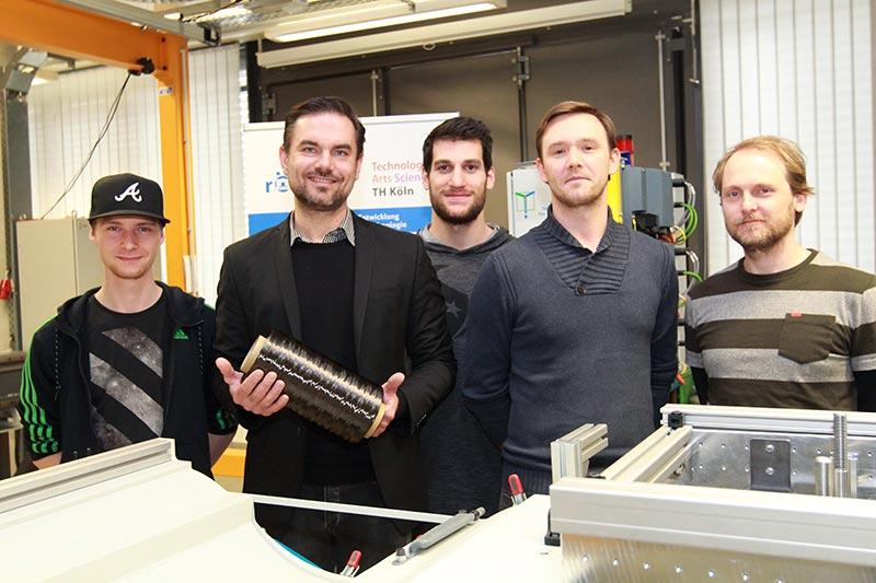 Marcel Meinen, Prof. Dr. Patrick Tichelmann, Nils Eisler, Juri Bayer, Dr. Mario Schweda (von links nach rechts). Bild: Viola Gräfenstein/TH Köln