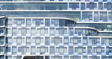 Sonnenschutz in großflächigen Fassaden