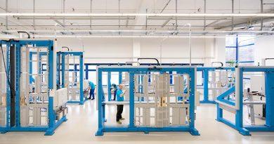 Das umgebaute Prüflabor des Herstellers ASSA ABLOY wurde 2019 vom Materialprüfungsamt Nordrhein-Westfalen für Prüfungen zur Konformitätsbewertung auditiert. Foto: ASSA ABLOY Sicherheitstechnik GmbH