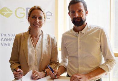 Dr. Christine Lemaitre (Geschäftsführender Vorstand der DGNB) und Bruno Sauer (CEO GBCe) bei der Unterzeichnung des Kooperationsvertrags in Madrid. Quelle: GBCe