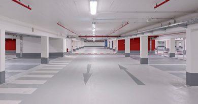 Wände und Stützensockel der Tiefgarage Dinslaken wurden mit dem Trockenspritzmörtel StoCrete TS 100 instandgesetzt. Foto: Guido Erbring / StoCretec