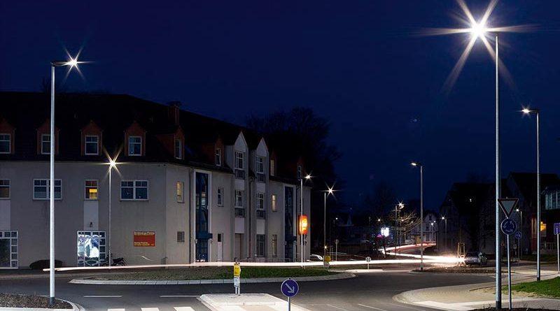 Nachhaltige Beleuchtungslösungen für Mensch und Umwelt sind auch politisch gewünscht. Förderprogramme erleichtern die Umrüstung. Foto: licht.de/Trilux