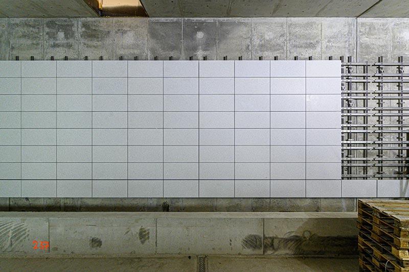Die Plattenmaße wurden für jeden der Bahnhöfe individuell festgelegt. Foto: Dyckerhoff / Christoph Mertens