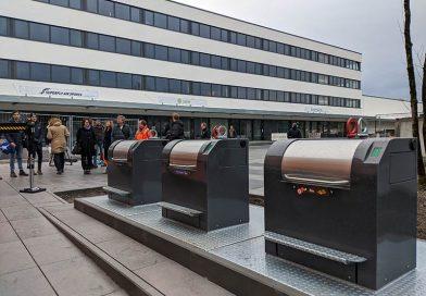 Neue Unterflurcontainer am Gewerbe- und Büroquartier Centro Tesoro. Foto Tristan Thaller