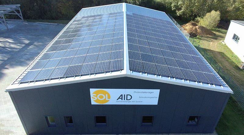 Gewerbebetrieb erzielt mit Photovoltaik und Infrarotheizung beinahe Autarkie