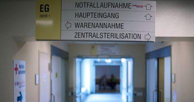 Bildquelle: B-Wohnbar, Wennigsen; Ein Treppenofen im Zentrum des Neubaus