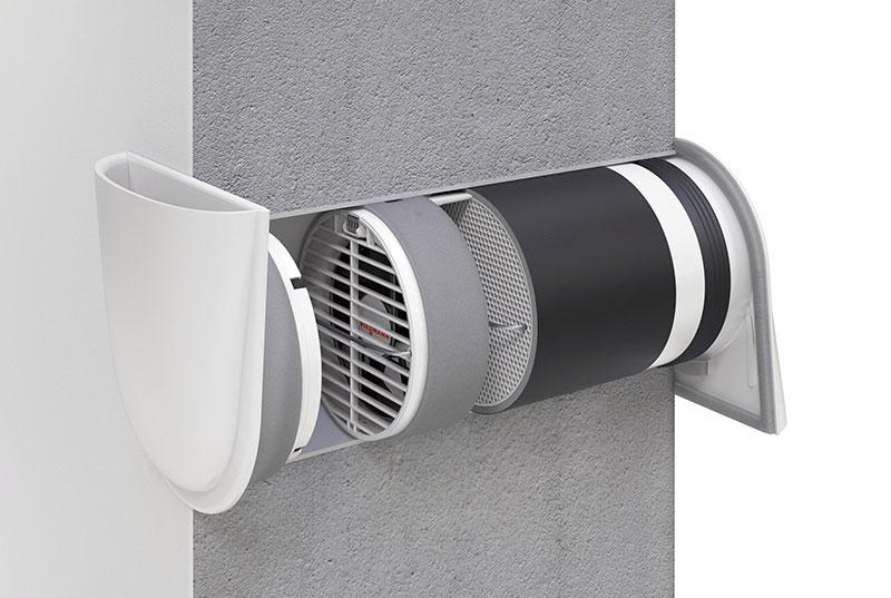 Dezentrale Lüftungssysteme wie das abgebildete Vitovent 100-D sind dank einfacher Installation in die Außenwand ideal für bestehende Ein- und Mehrfamilienhäuser geeignet.