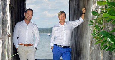 Bernhard Fritzsche, Geschäftsführer der VALLOX GmbH (rechts) und Bereichsleiter Vertrieb Malte Knief blicken zuversichtlich in die Zukunft. Bild: Vallox GmbH
