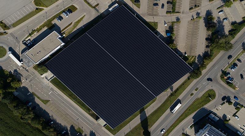 Solarwatt bringt einziges Standard-PV-Modul mit allgemeiner bauaufsichtlicher Zulassung auf den Markt