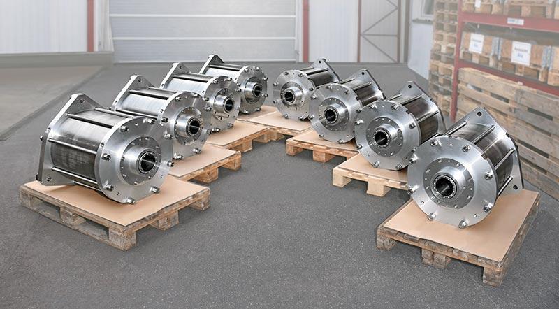 Nach einer umfangreichen Überprüfung des Prototyps im Jahr 2014 wurden die acht Pneumatik-Zylinder mit Leichtlaufeigenschaften im Juni 2020 an die RI Research Instruments GmbH geliefert. Bildquelle: KONSTANDIN GmbH