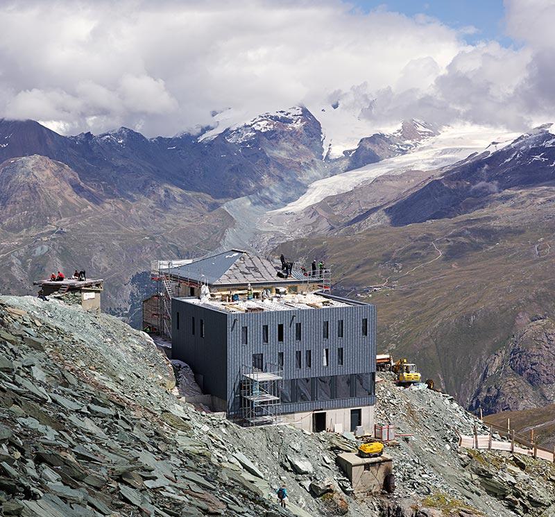 Im Hochgebirge werden höchst anspruchsvolle Anforderungen an die Statik gestellt. Foto: Photographie Michel Bonvin