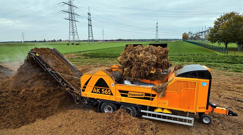 Mit dem robusten Doppstadt-Schredder AK 565 können Betreiber von Biogasanlagen alle Arten von Mist effizient und wirtschaftlich aufbereiten. Quelle: Doppstadt Umwelttechnik GmbH